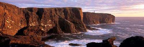Les falaises d'Eshaness, Shetland, droits réservés