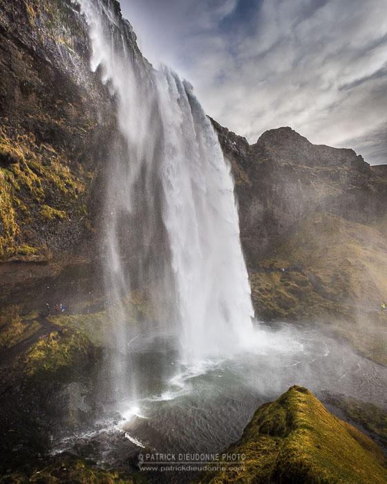 Cascade de Seljalandsfoss, côte sud, Islande