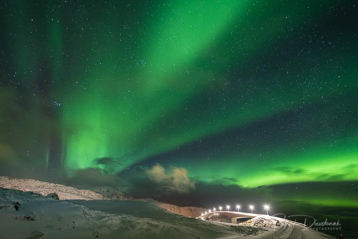 Lofoten, aurore boréale. Nikon D850, 14-24 mm à 14 mm. 15 s à f 2,8, iso 1600